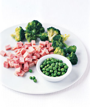 Broccoli florets, chopped ham and peas