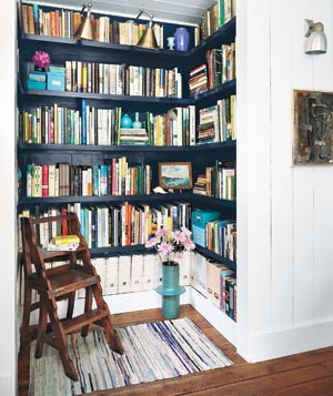 Closet transformed into a home library