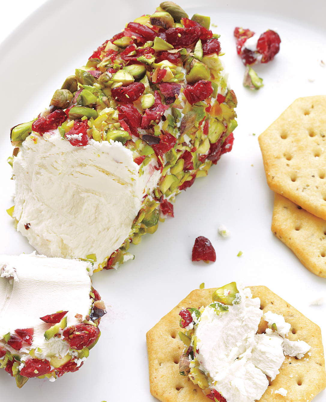 Goat Cheese With Pistachios and Cranberries