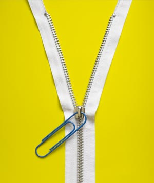 Paper clip as zipper pull