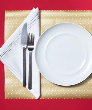 New use: giftwrap as placemat
