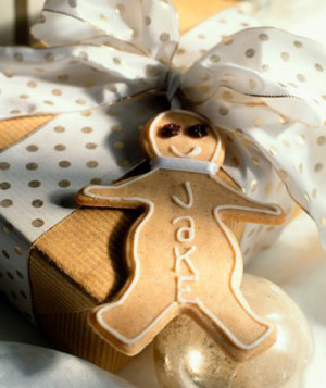 Gingerbread figure as gift tag