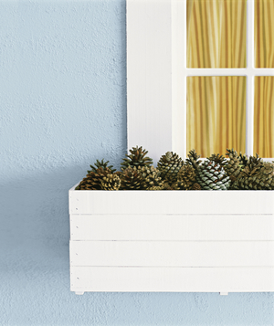 Christmas decoration ideas - Pinecones used as flowerbox filler