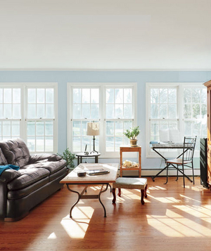 Jill Bannister and Max Maxwell's living room before makeover