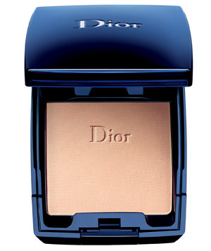 Dior DiorSkin Forever Flawless & Moist Extreme Wear Makeup SPF 25