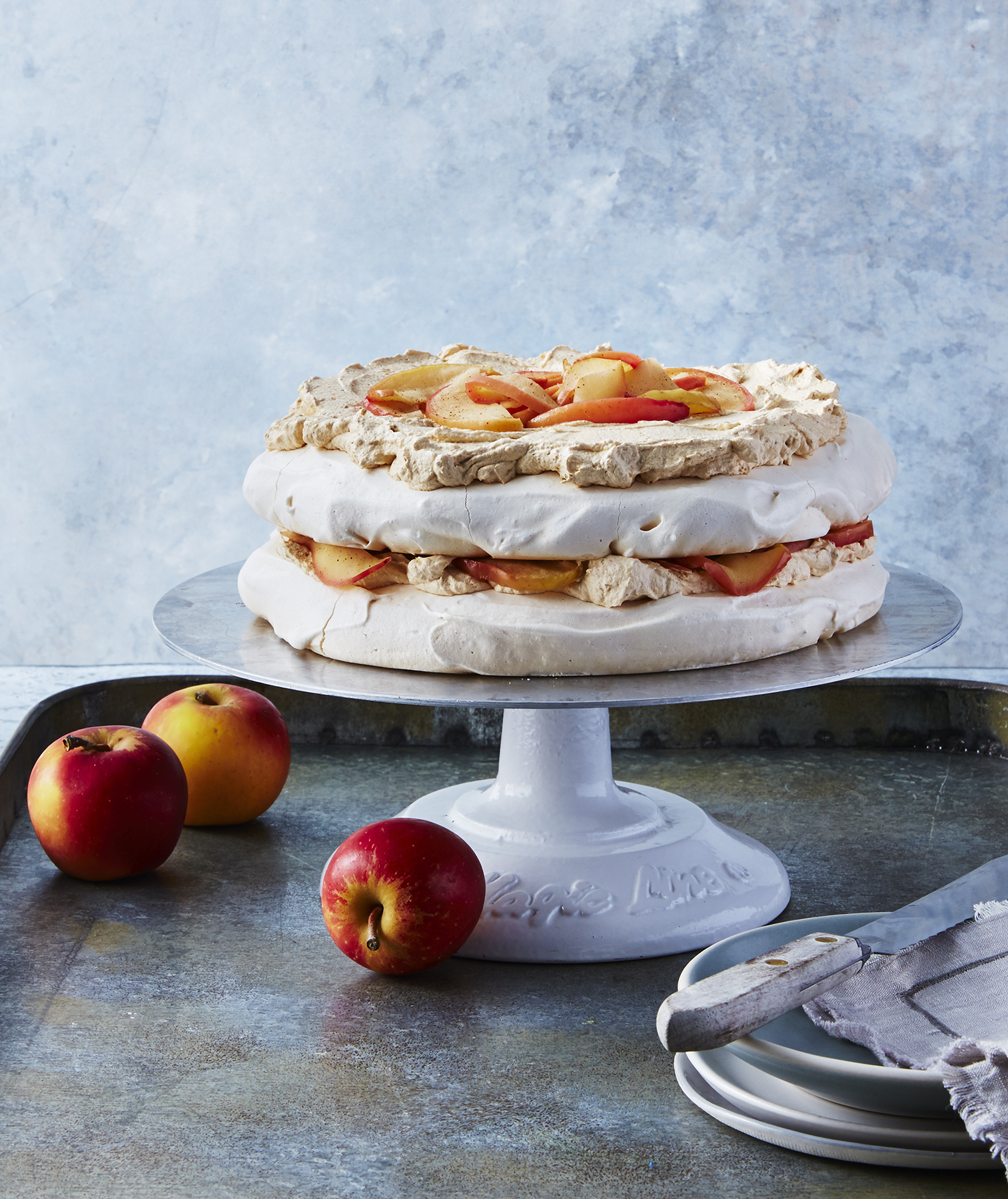 Pumpkin Pavlova With Roasted Apples