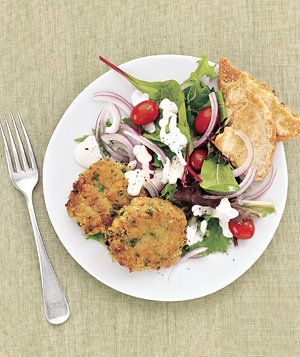 Mediterranean Salad With Chickpea Patties