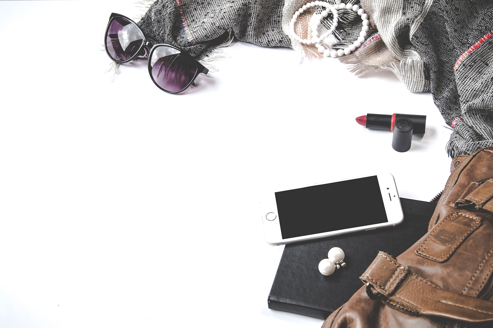 decluttering solutions accessories lipstick iphone earrings purse scarf bracelet sunglasses journal