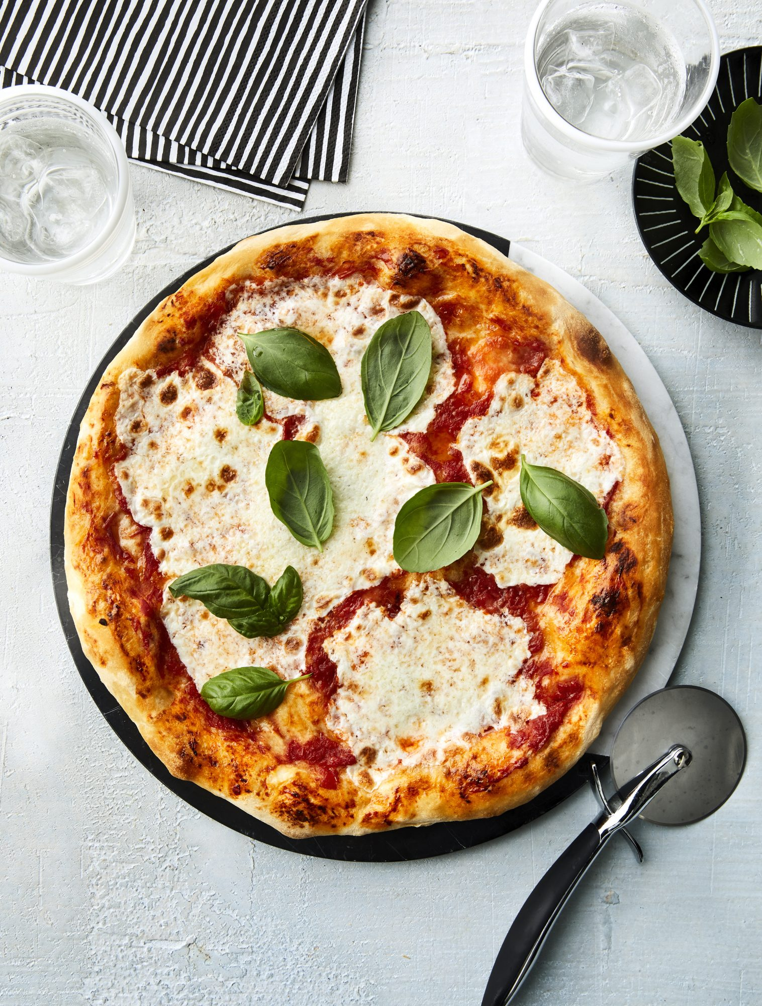 neapolitan-pizza-0519foo