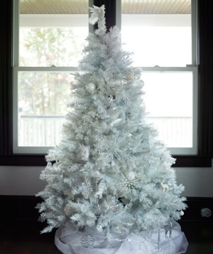 Christmas decoration ideas - White Christmas Tree