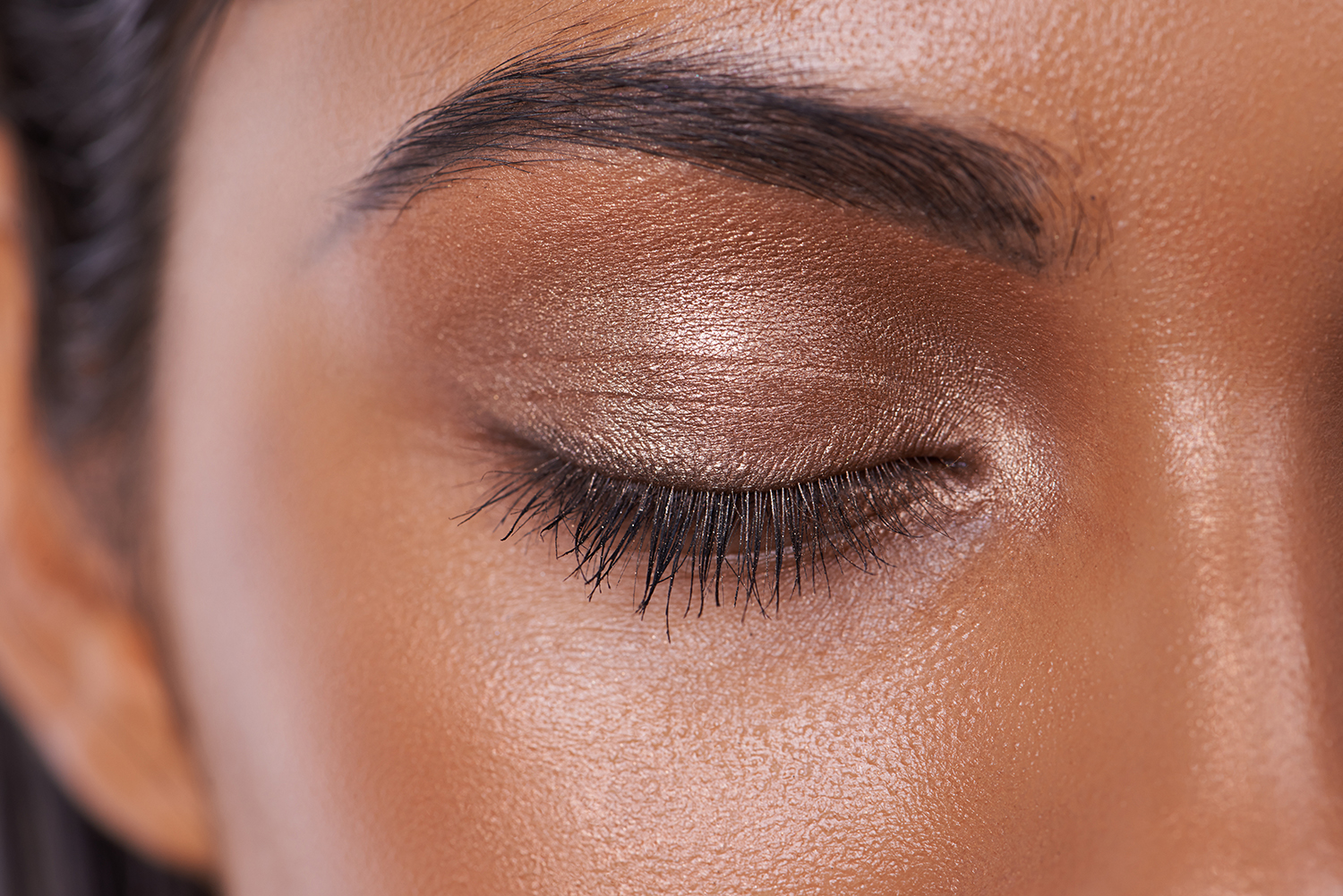 Closeup of woman wearing neutral eyedshadow