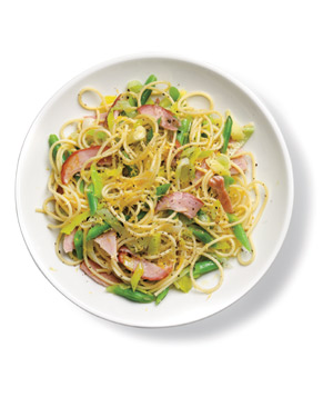 Pasta With Ham and Green Beans