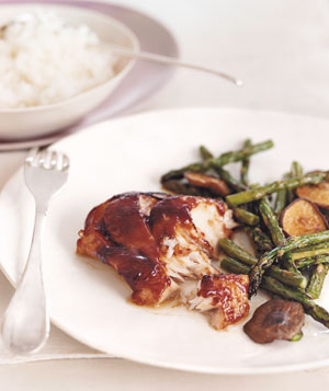 Glazed Cod With Asparagus and Mushrooms