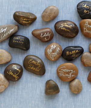 Smooth rocks as guest book