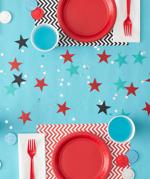 How to set the party table for a magic themed birthday party