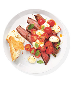 Steak With Mozzarella and Tomatoes