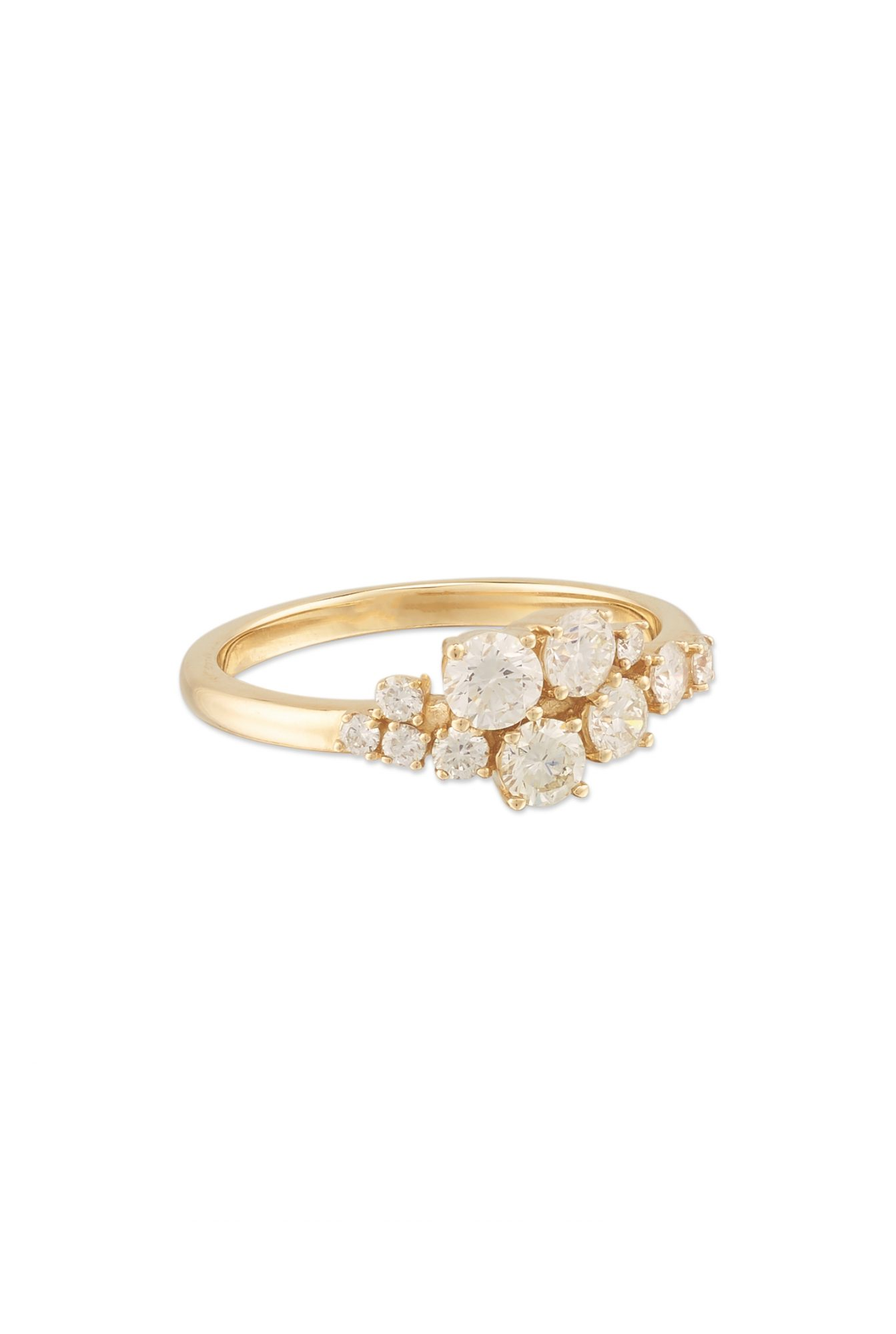 mejuri-diamonds-cluster-engagnement-ring