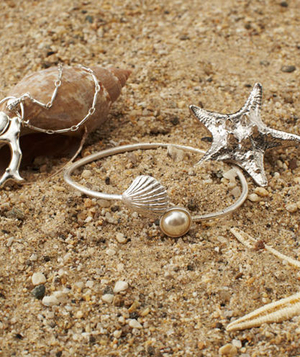 Silver starfish ring and silver bracelet