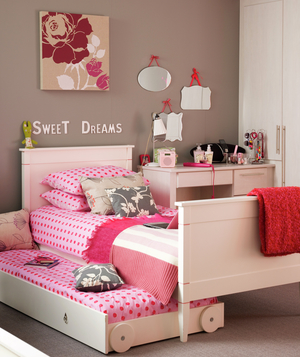 Girl's room with pink pull out bed