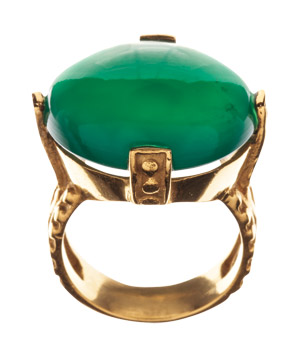 Emitations ring of green onyx and brass