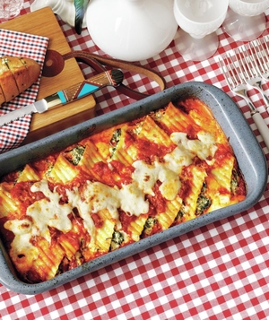 Creamy Spinach-and-Ricotta Manicotti