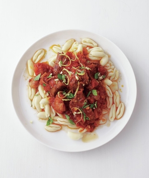 Slow-Cooker Beef Ragù With Basil Gremolata