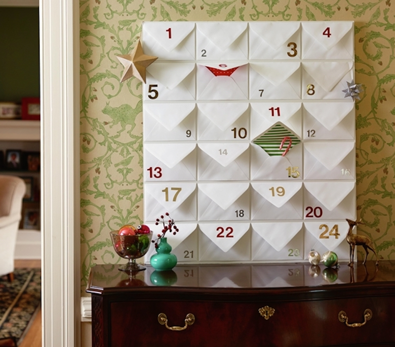 Christmas decoration ideas, Advent calendar from bulletin board and envelopes