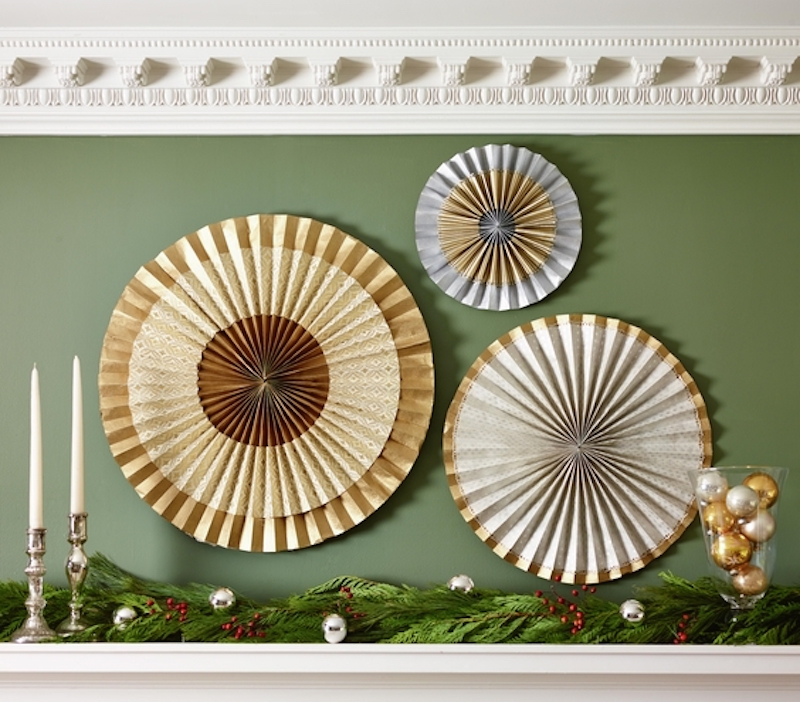 Christmas decoration ideas, Metallic medallions over mantel