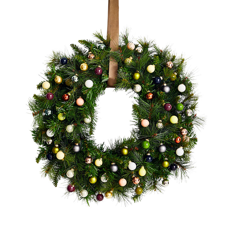 Christmas Wreath Ideas: Bright & Abundant