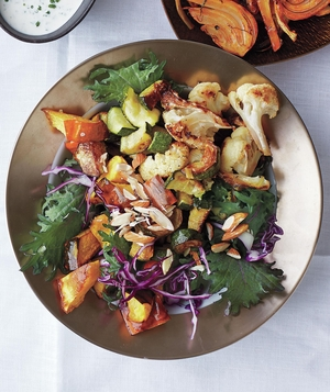 Health bowl with roasted vegetables