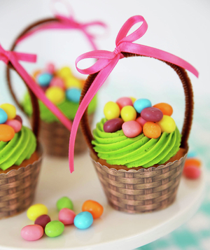 Easter Basket Cupcakes From Skip to My Lou