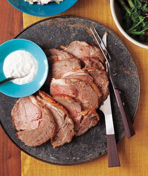 Peppered Roast Beef With Horseradish Sauce