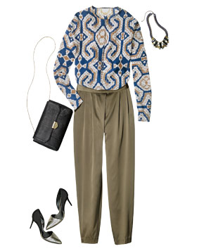 Outfit with patterned blouse and drapey pants