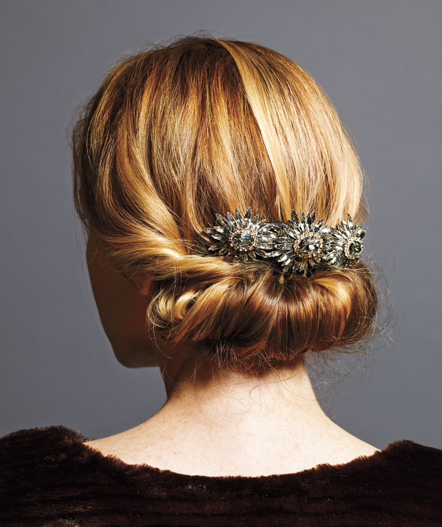 holiday hair roll up
