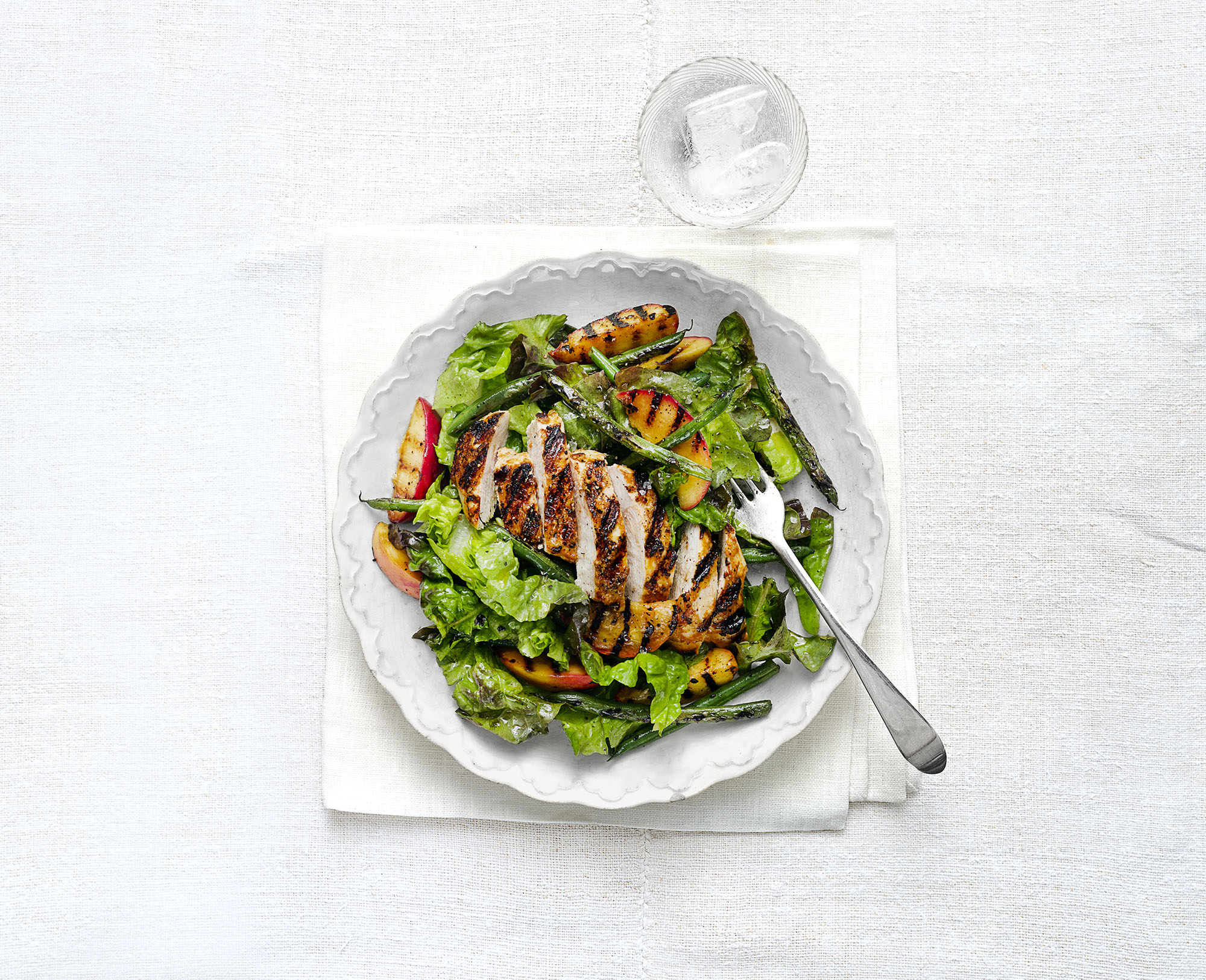 Grilled Curried Chicken Breasts With Peach and Green Bean Salad