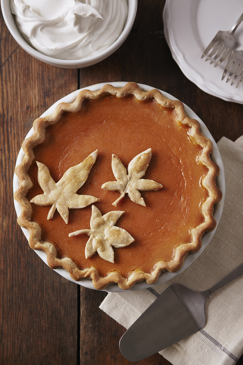 Pumpkin pie with leaf detail