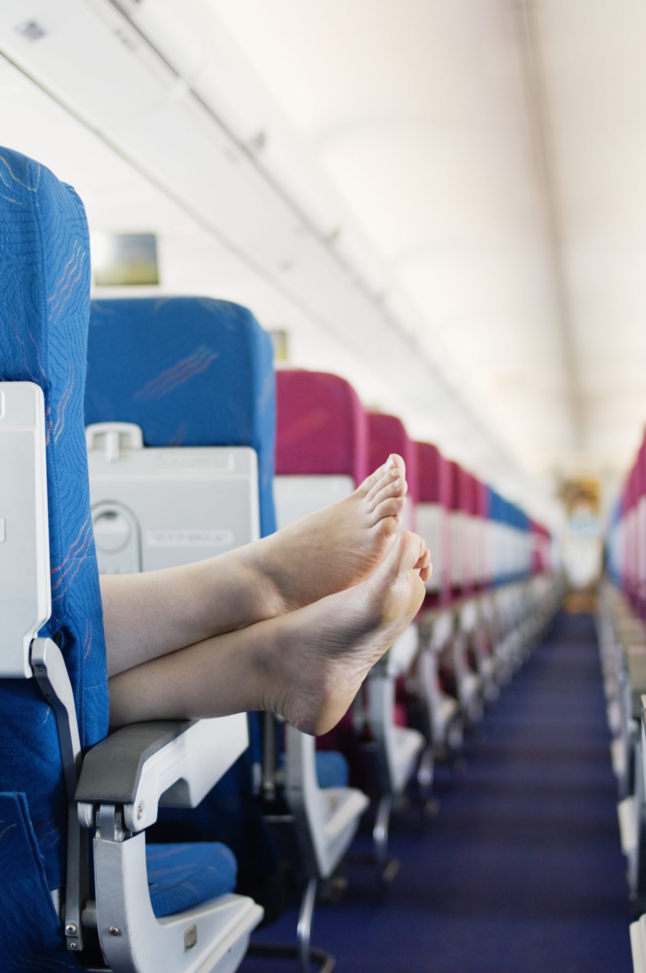 feet in airplane