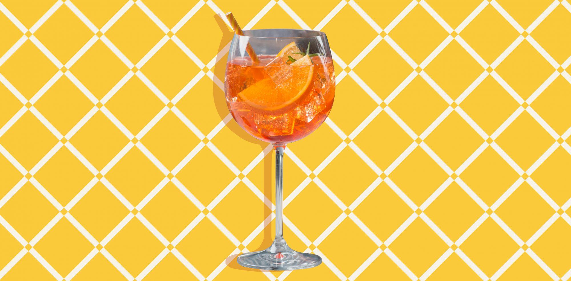 18 Refreshing Cocktails for Summertime Entertaining