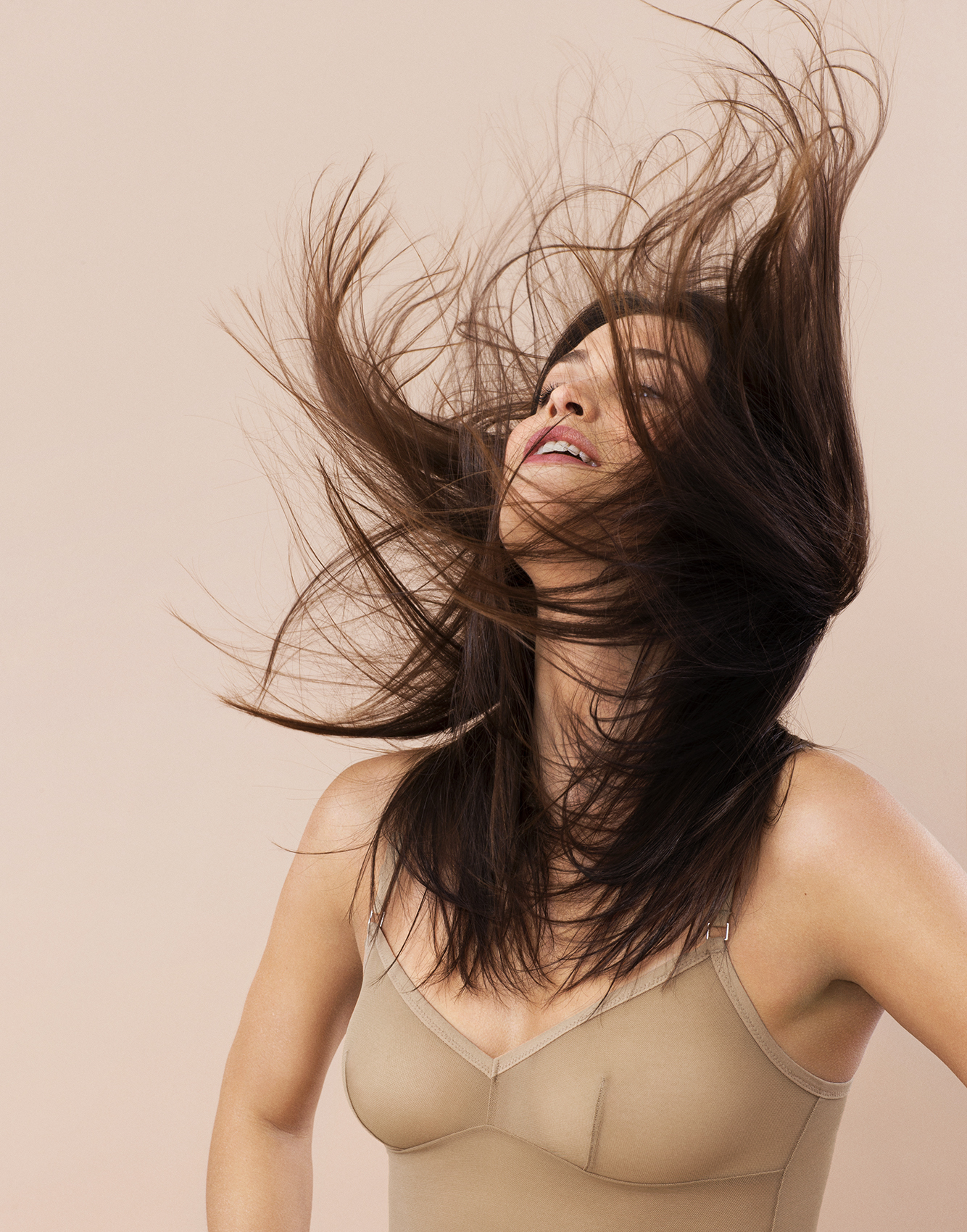 Model with hair in the air