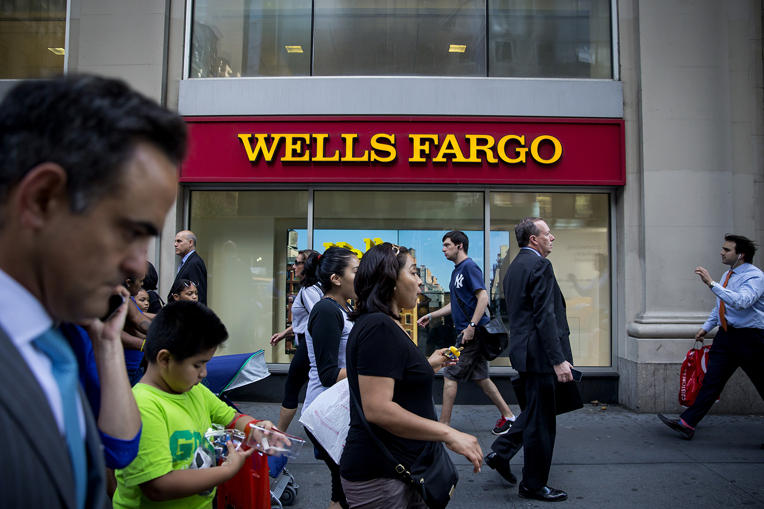 Amazon Prime and Wells Fargo Offer Student Loans
