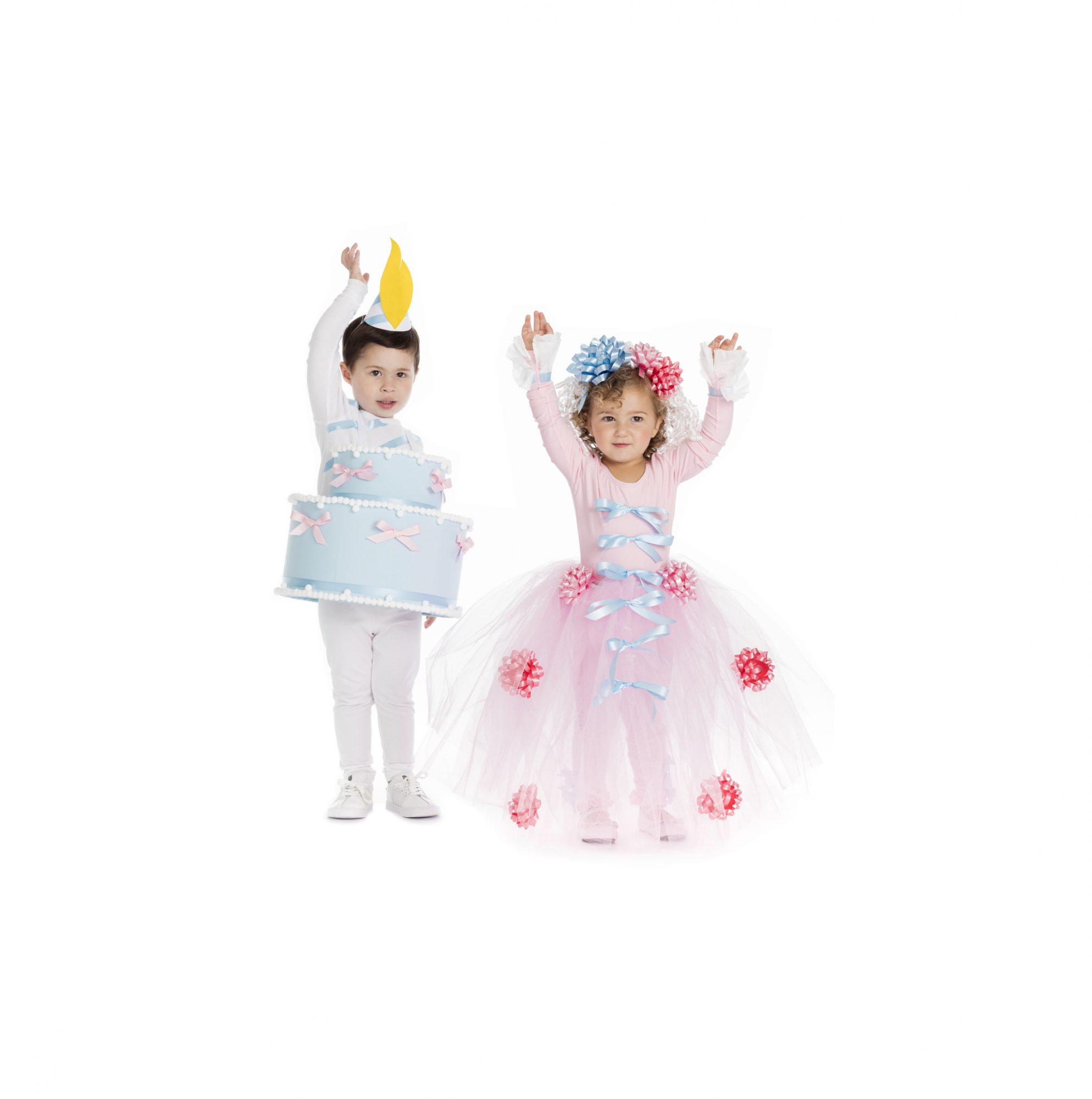 Group Halloween costumes - Marie Antoinette and cake