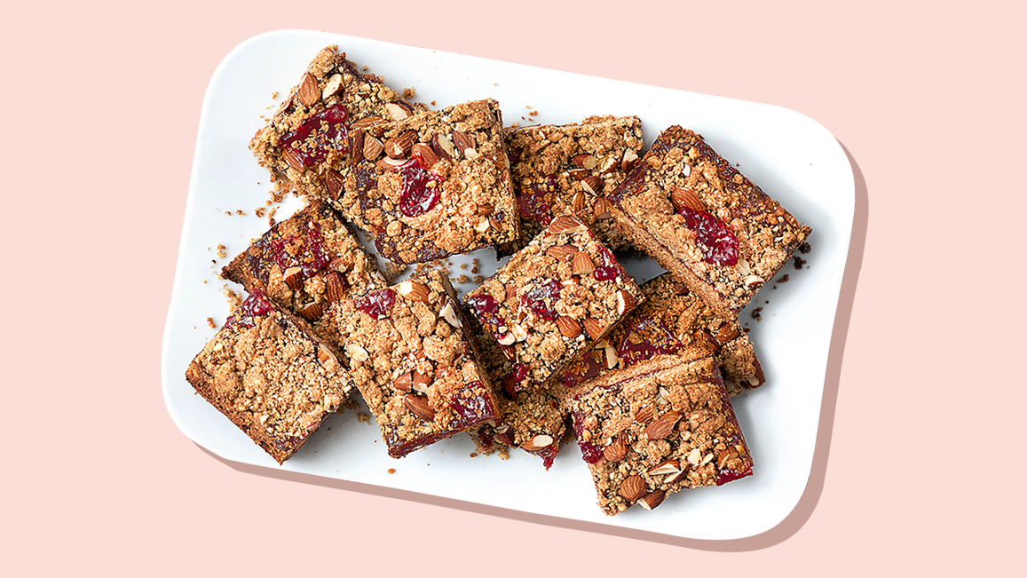 These Are The Best Healthy Granola Bar Recipes: almond jam bars
