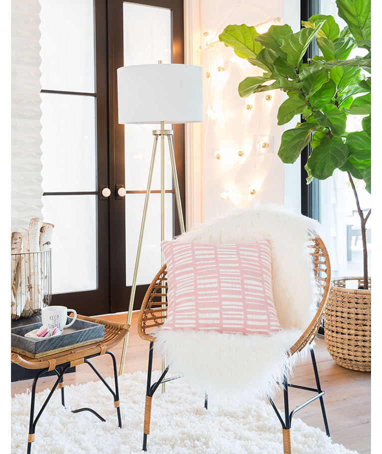 Well-lit room with white, pink, green