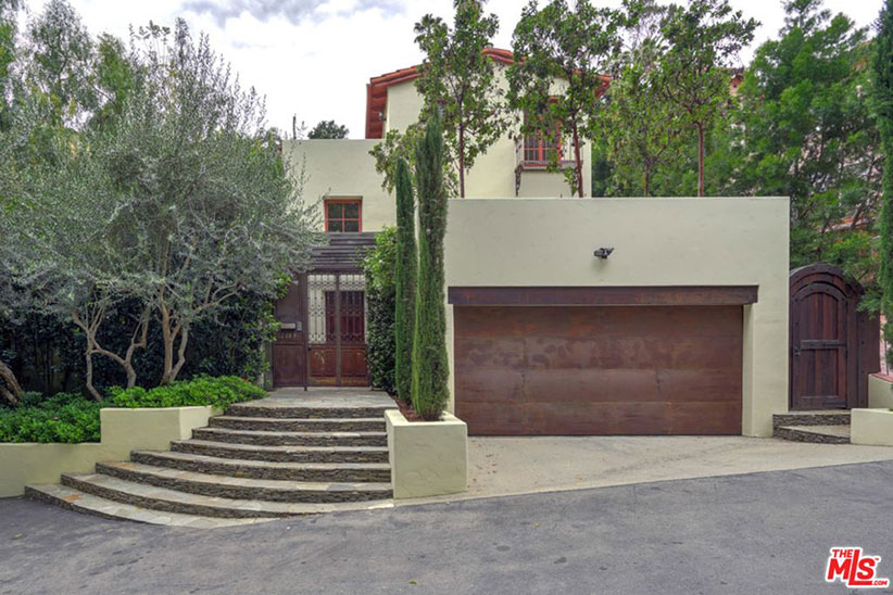 mandy moore house exterior