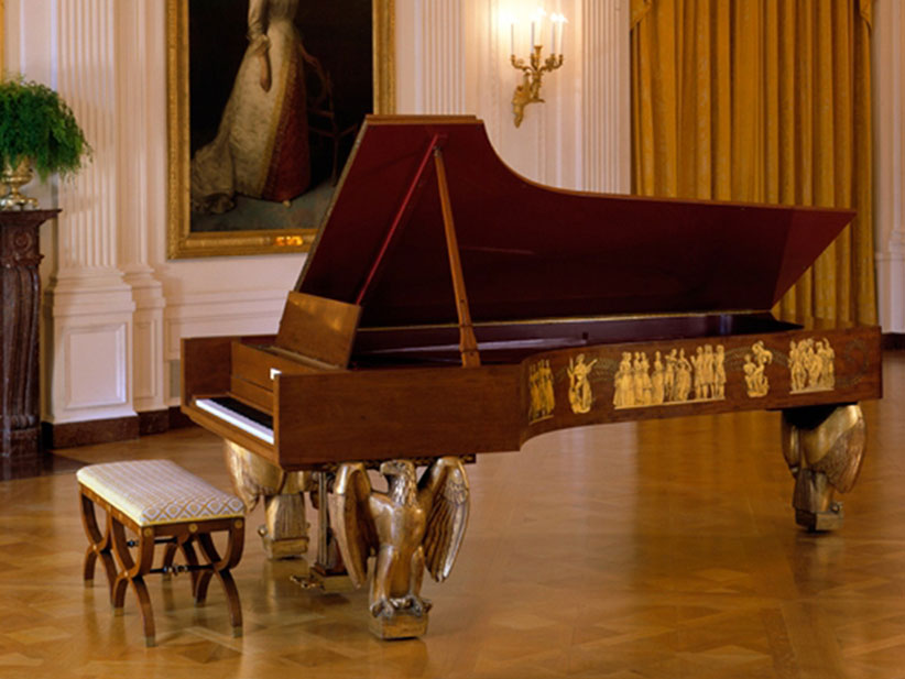 white house piano