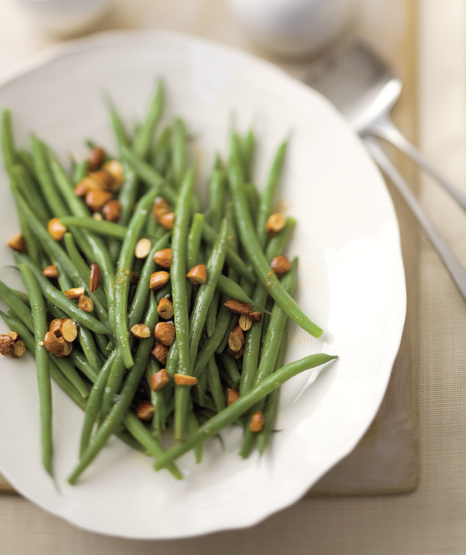 Green Beans With Almond-and-Lemon Brown Butter