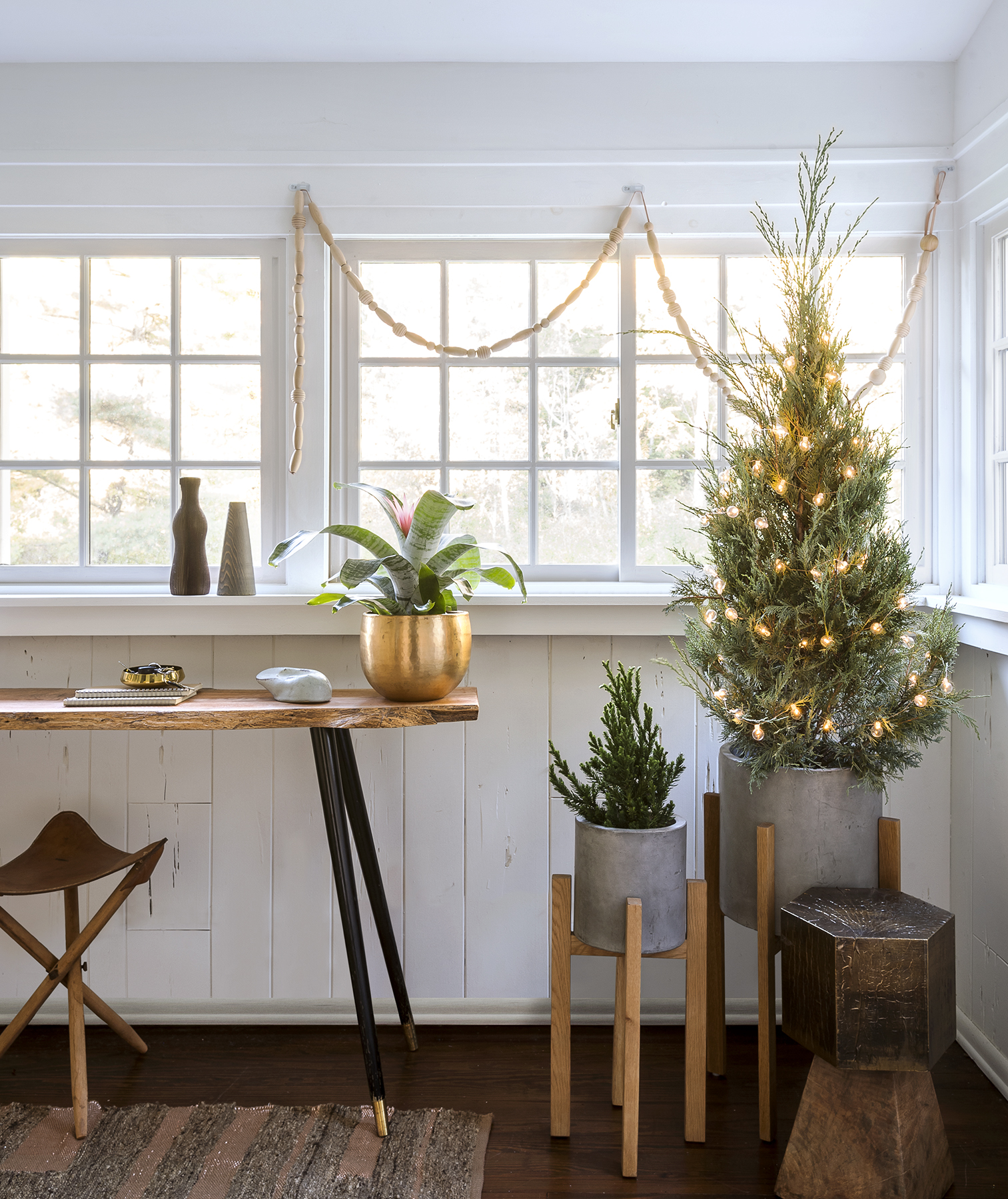 Room with holiday accents, white, wood