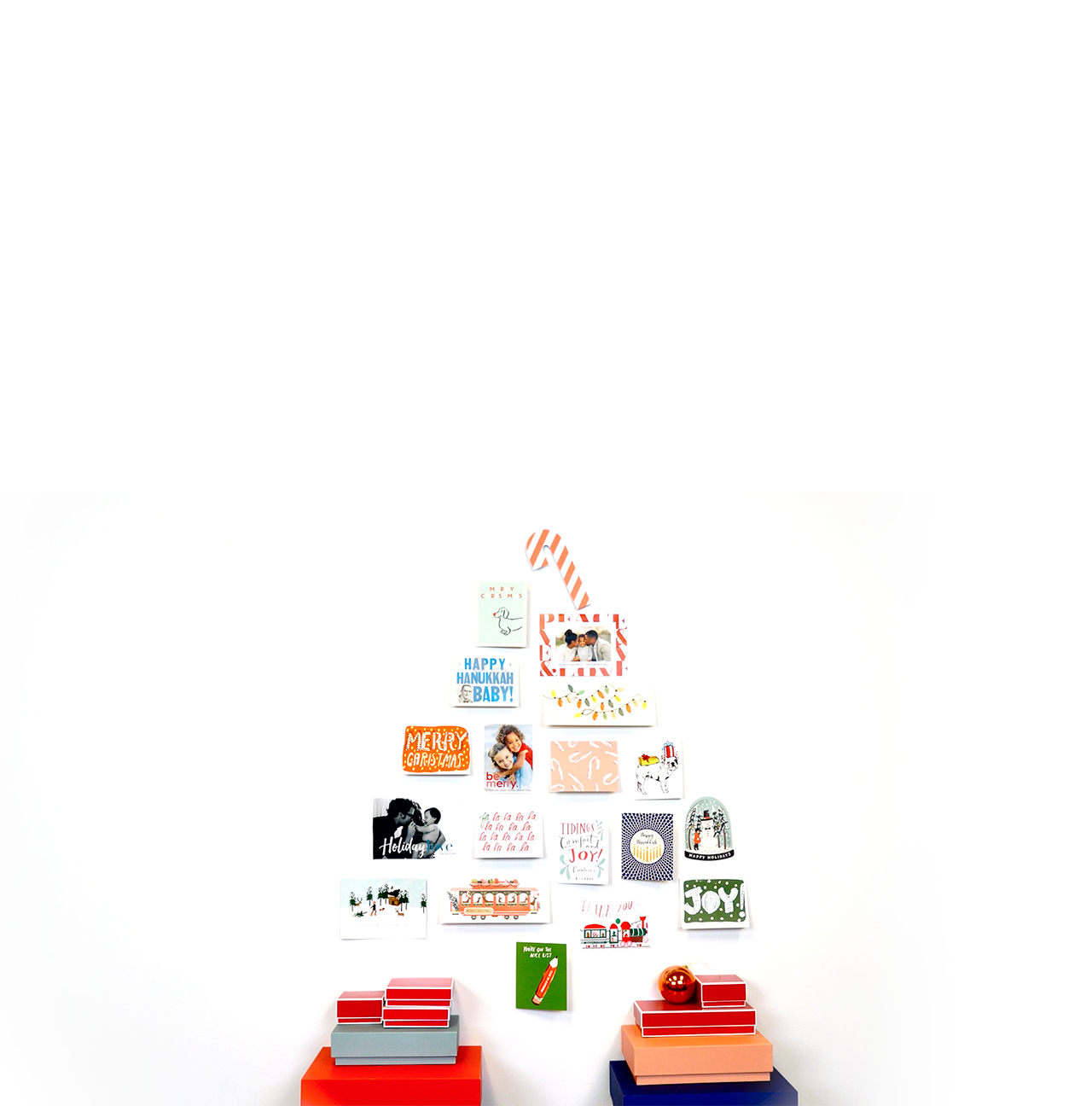 Wall Christmas tree made from cards