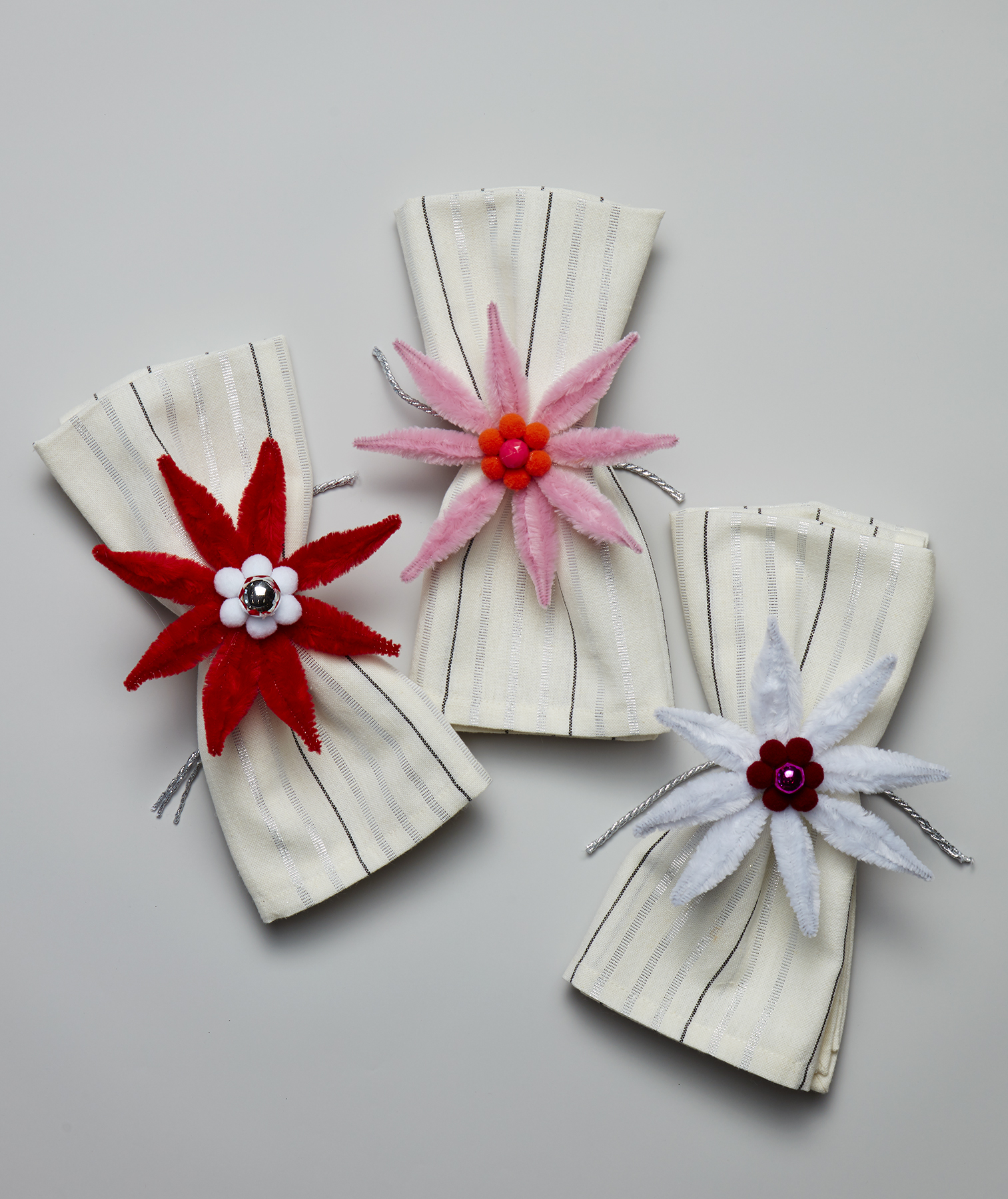 Christmas crafts ideas - Poinsettia Napkin Rings