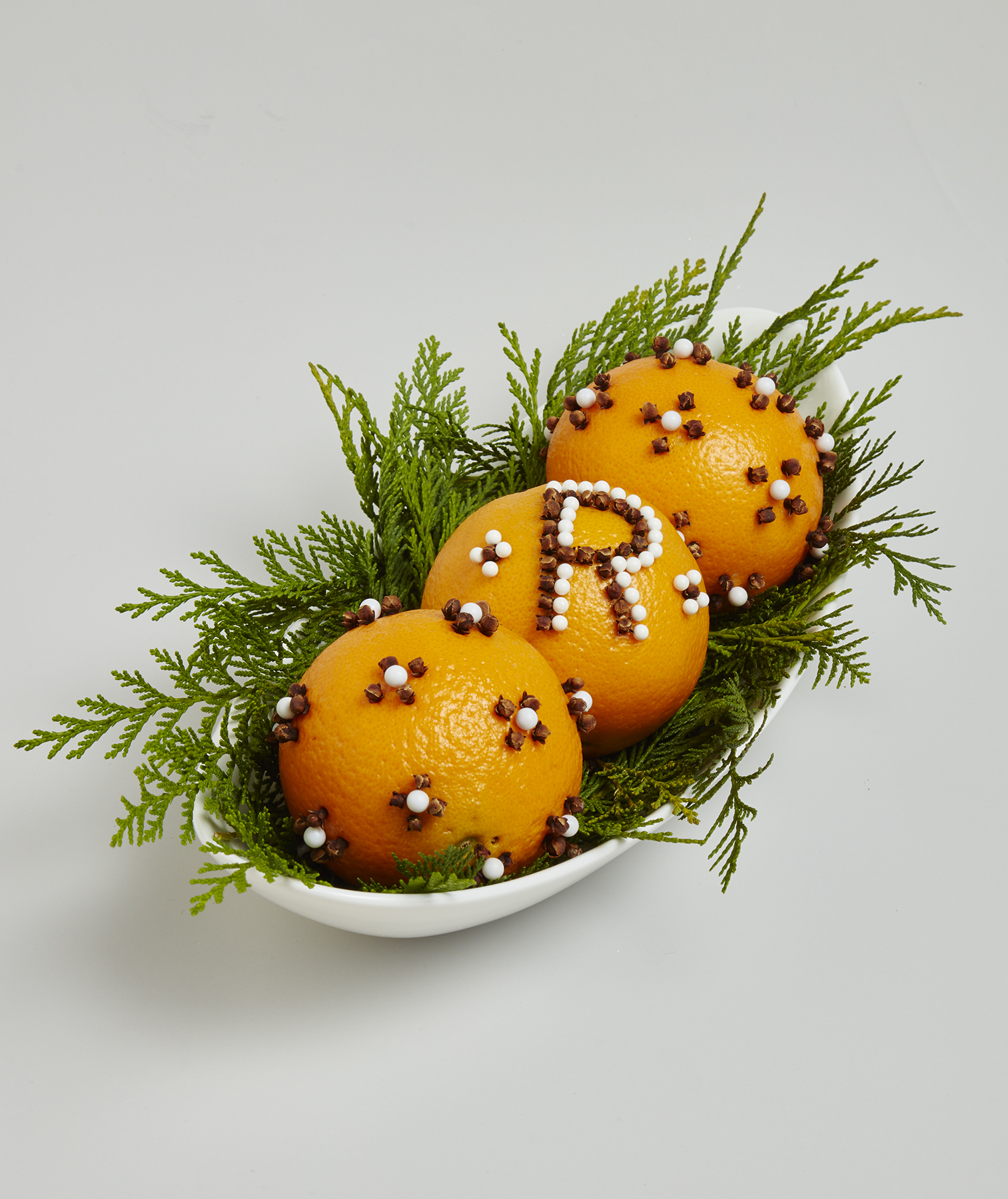 Christmas crafts ideas - Orange Clove Pomanders